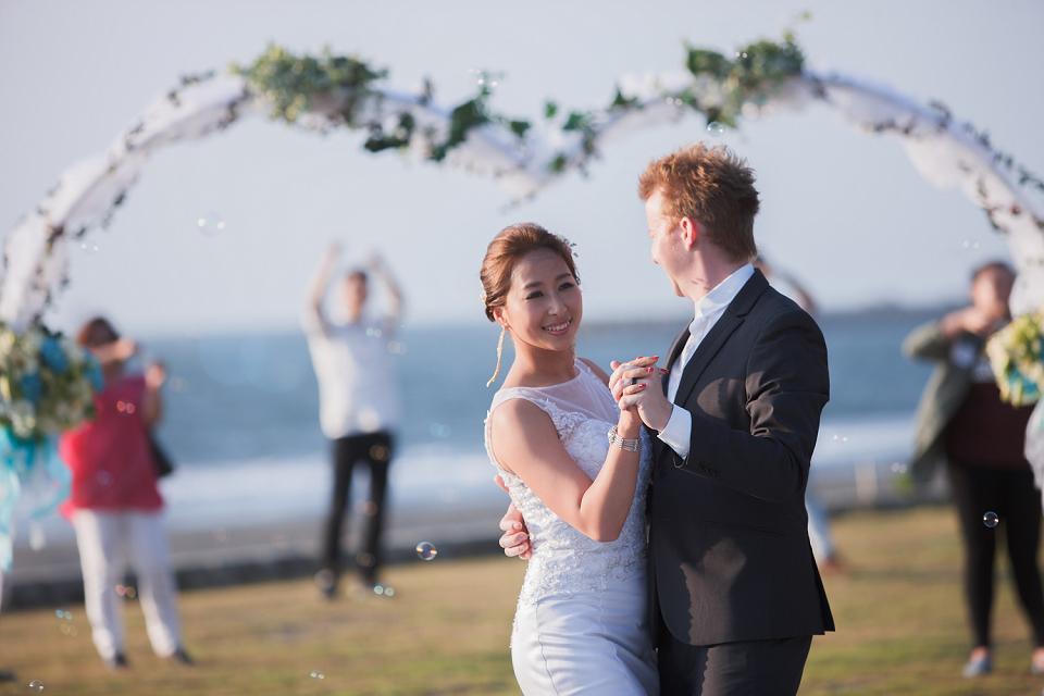 西子灣會館,高雄婚攝,戶外證婚,戶外婚禮,逆光照,婚禮紀錄,婚攝推薦,西式婚禮
